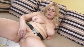 Blonde Mature Lady Masturbating Right On A Couch