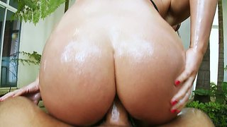 Oiled Ass Of Krissy Lynn Shines With Beauty