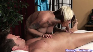Tatooed babe monroe valentino sucking cock after giving a massage
