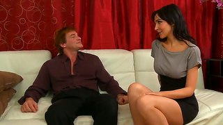 Diana prince gives blowjob to evan stone