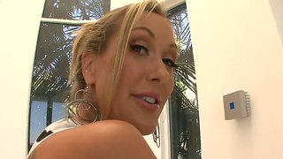 Brilliant Brandi Love Shows Us Her Love