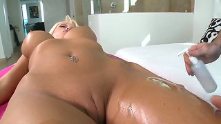 Big Boobed Rikki Six Has A Sexual Massage
