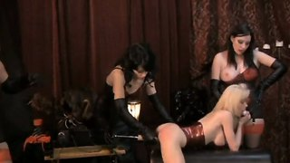 Anastasia Pierce And Jean Bardot Testing A New Sex Machine In Their Fetish Lesbian Club On A Blonde's Pussy