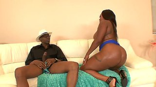 Hardcore Fuck With A Gentle Ebony Slut Named Jayden Starr And Sean Michaels