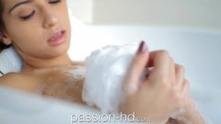 Passion-Hd Exotic Teen 's Sensual Massage And Fuck