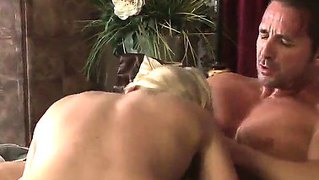 The fantastic fucking between appetizing blonde dia zerva and her lucky boyfriend david perry