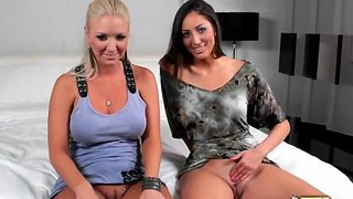 Pussy flashing by angelica saige and molly cavalli