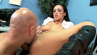 Breanne benson with huge melons is ready to spend hours with johnny sinss ram rod in her mouth
