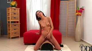Skinny Teen Amanda Vamp Rides A Sybian Fucking Machine Every Morning With Her Hairy Pussy