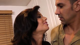 Marco Rivera Enjoys Pounding Mature Brunette Veronica Avluv And Smash Up Her Cunt