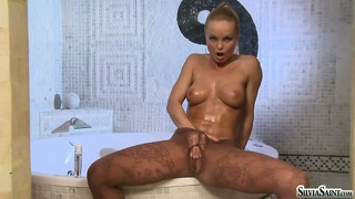 Ain't nothing sexier than a hot blonde babe getting oiled up in pantyhose