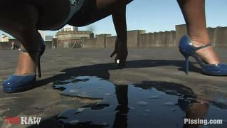 Chocolate Chick Getting Wet With Piss