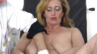 Mature Blonde Slut Sucking Young Doctor Long Cock