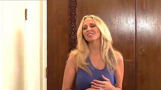 James Deen Gets Seduced And Gives Awesome Oral Pleasure To Heavy Chested Blonde Milf Julia Ann In Bedroom