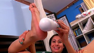Lilly evans has mouth-watering toes and soles