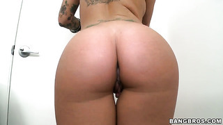 Christy mack with juicy hooters and bald muff does lewd things and then gets covered in cum