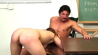 Crazy Fuck With Ashlynn Leigh And Tommy Gunn In The School