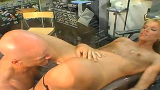 Blond Hand Job Poesie Wit
