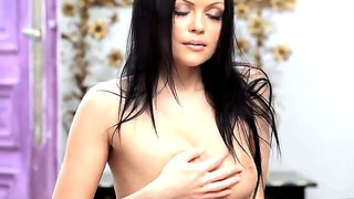 Melanie B Finds Herself Horny As Hell And Takes Toy In Her Pussy Hole With Wild Passion