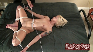Tying Up A Hot Naked Blonde
