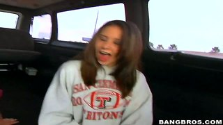 Cute Teen Ashley Jordan In Her First Xxx Video