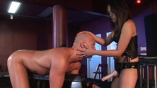 Dude Gets His Asshole Pegged Hard By Beautiful Annie Cruz
