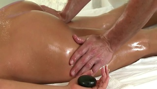 Hot Babe Tongue Massaged By Masseur