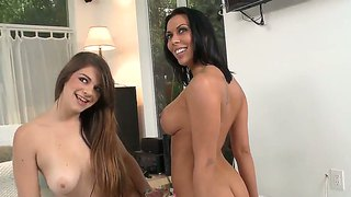 Latina pocahontas jones with phat bottom finds rachel starr sexy and shoves her tongue in her pussy
