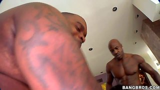 Angell Summers Double Teamed By Two Black Hunks