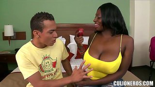 The Seducing Of The Hot Sultry Ebony Karina By The Youngster
