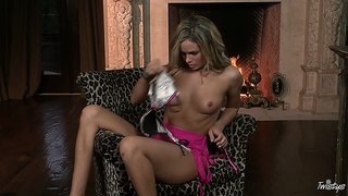Horny Prinzzess Felicity Jade Is On Fire