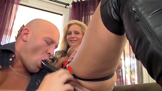Pornstar Phoenix Marie Is Into Female Domination