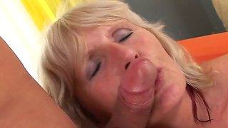 Mature Evelin A Is Gladly Pleasing Horny Hot Teen Stud