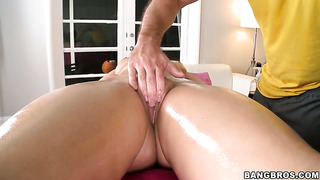 Alexis texas enjoys another nice cumshot session