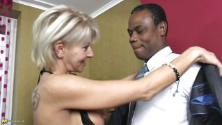 Blond Deepthroat Reif Blowjob