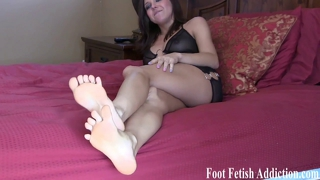 Stroke It For Soft Feet And Toes Joi