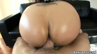 He pounds her cunt with her hot ass showing and daisy cruz spreads wide