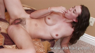 Hairy Pussy Creampie