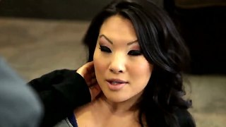 Brunette Asian Asa Akira Gets Hooked Up With Rocco Reed