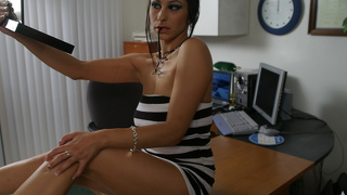 Horny Secretary Leah Lexington Pleasing Her Boss