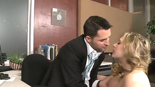 Kagney Linn Karter Sucks Her Boss Kris Slater Dick