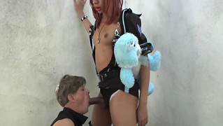 Sexy Tranny Fucks His Ass Before Blowjob