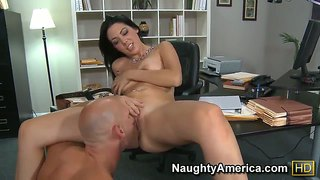 Office Fuck With Long Haired Megan Foxx