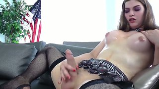 Young Tiffany Starr Is She-Male With Long Strong Cock.