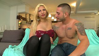 Blonde Girl Paris Sweet Shows Big Boobs And Hot Holes