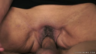 That is how the old slut's hairy beaver should be penetrated