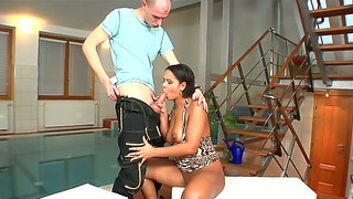 Big ass izabella christyn gets licked by mark zicha