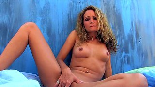 Prinzzess Felicity Jade Gets Nice And Naughty
