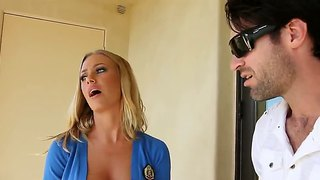 Nicole Aniston Gives A Blowjob To Her Boyfriend