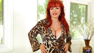 Voluptuous And Horny Redhead Mommy
